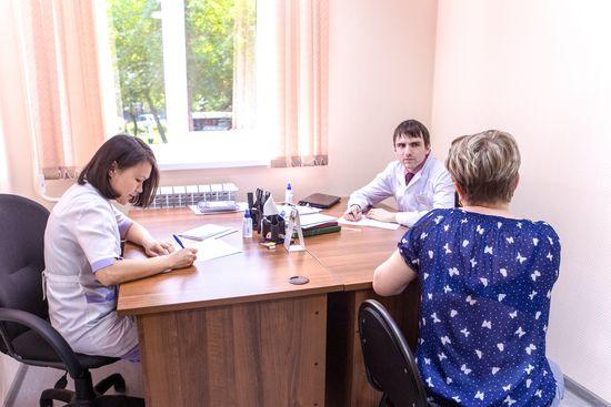 Поликлиника 4 брянск женская консультация телефон