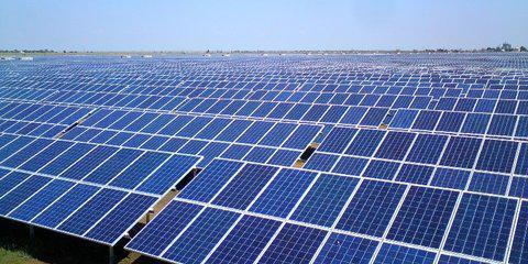 Медведев запустит две солнечные станции повыробатыванию электричества