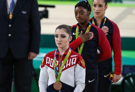 Алия Мустафина завоевала бронзу вгимнастическом многоборье— Медальная россыпь