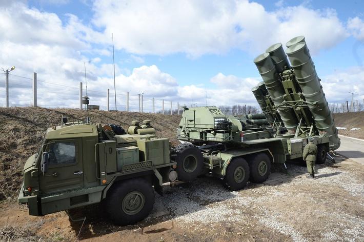 Зенитчики вКрыму получили систему С-400 «Триумф»
