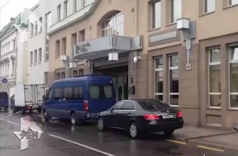 Силовики нагрянули собыском вкомпанию Вексельберга