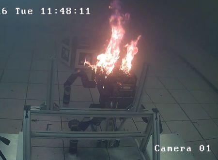 Четырехногий робот едва несжег лабораторию NASA— Восстание машин