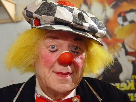 ВРостове-на-Дону ушёл изжизни величайший исамый солнечный клоун Олег Попов