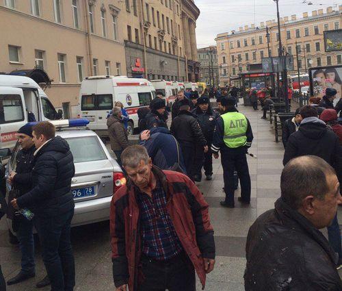 Взрыв произошел вметро Петербурга, есть погибшие