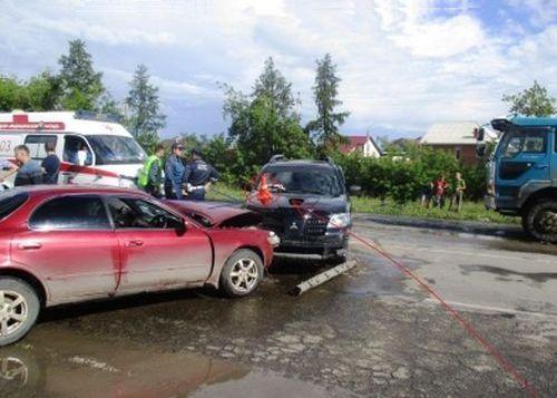 Нарасстрел отАвакова: НаДнепропетровщине полицейские разбили 1-ый «Аутлендер»