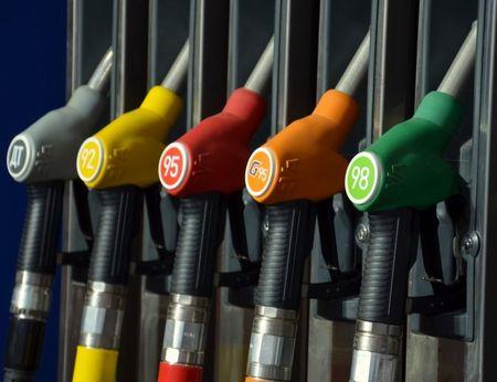 Накрасноярских заправках отыскали некачественный бензин