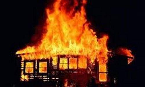 ВКрасноярском крае мужчина поджег дом бывшей гражданской супруги: есть погибший