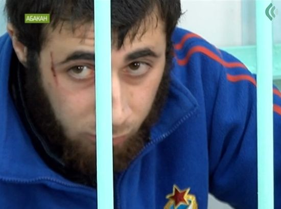 Абакан: Азер застрелил местного спортсмена, народ ответил погромами кавказских кафе.