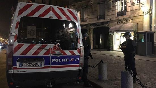 ВМВД Франции опровергли данные о смерти  2-го  полицейского вПариже